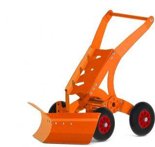 Снежок - лопата для уборки снега. Цвет - оранжевый
