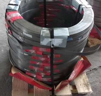 Стрічка 0,8х32 сталева пакувальна